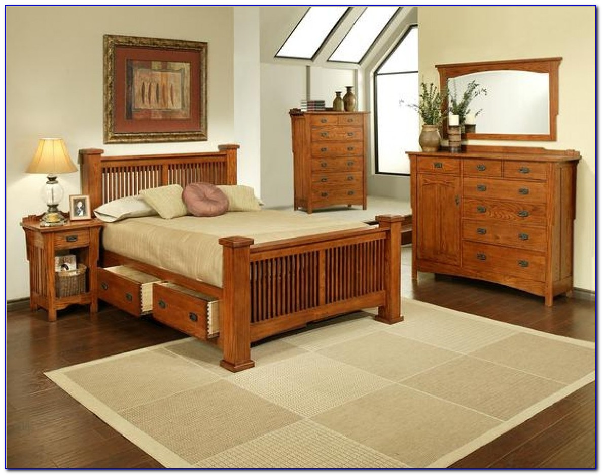 Red Oak Bedroom Sets
