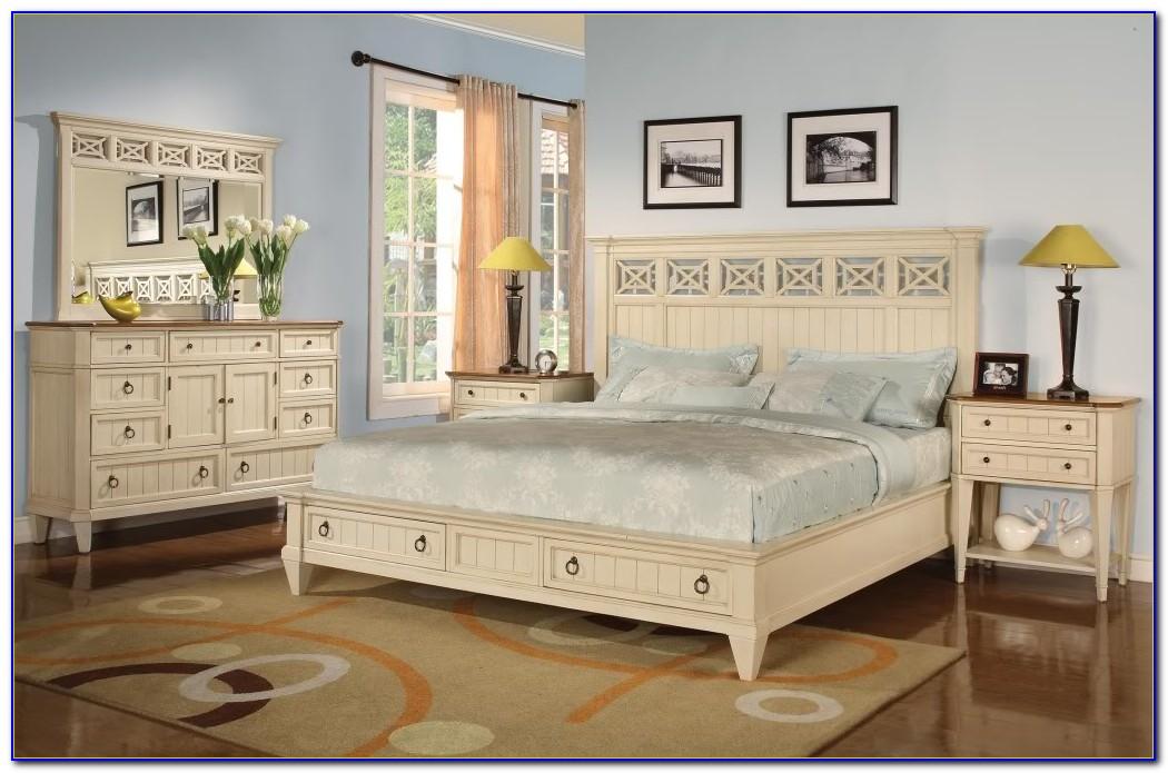 White Wooden Vintage Bedroom Furniture