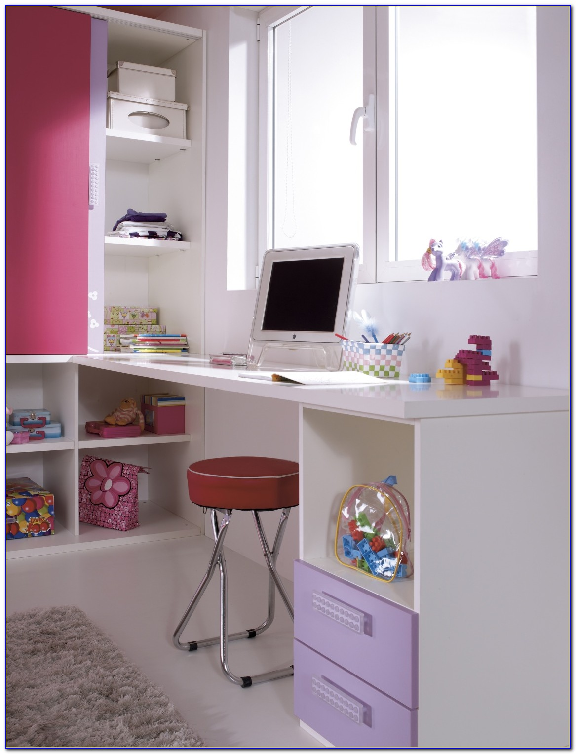 Youth Bedroom Furniture With Desk