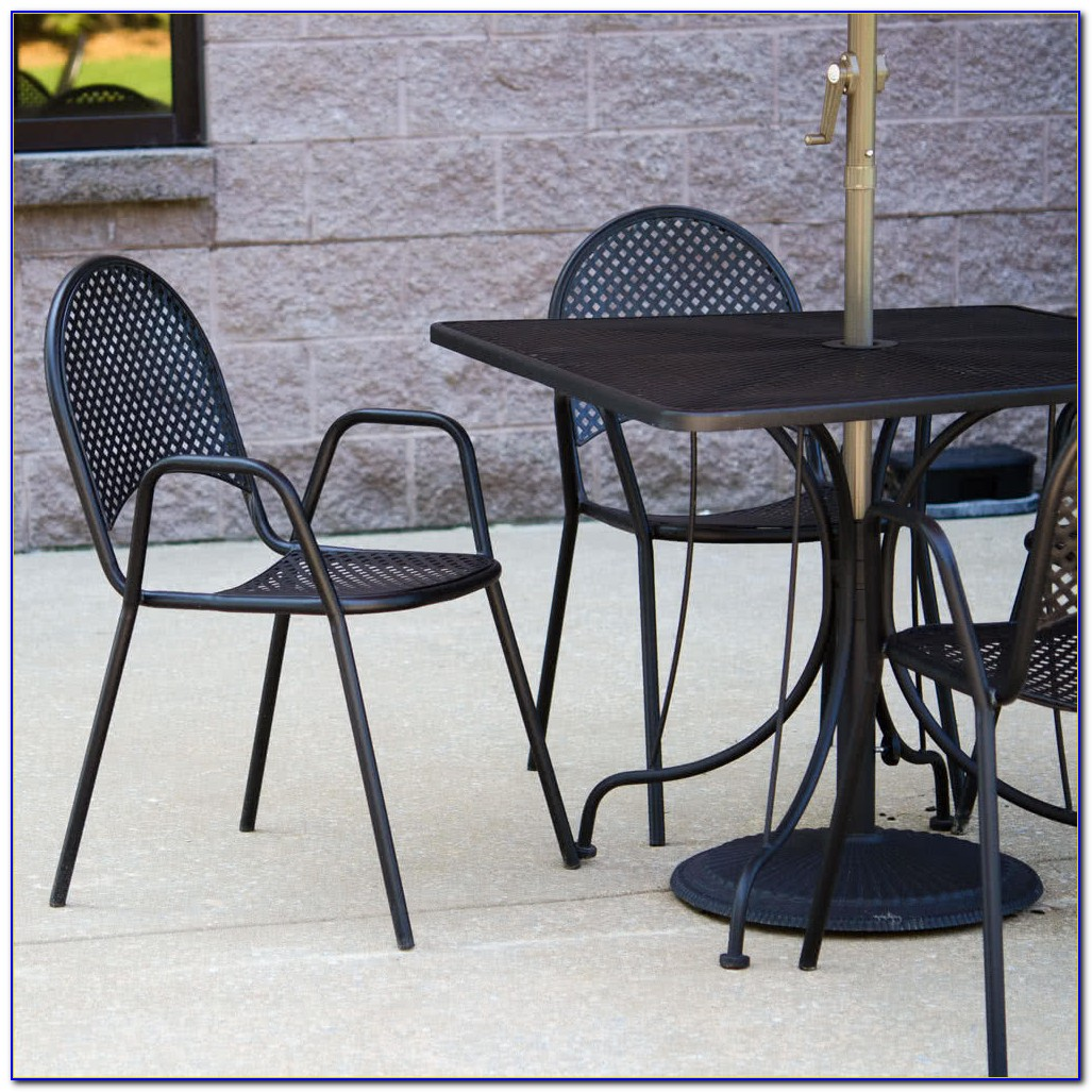Black Metal Outdoor Table And Chairs