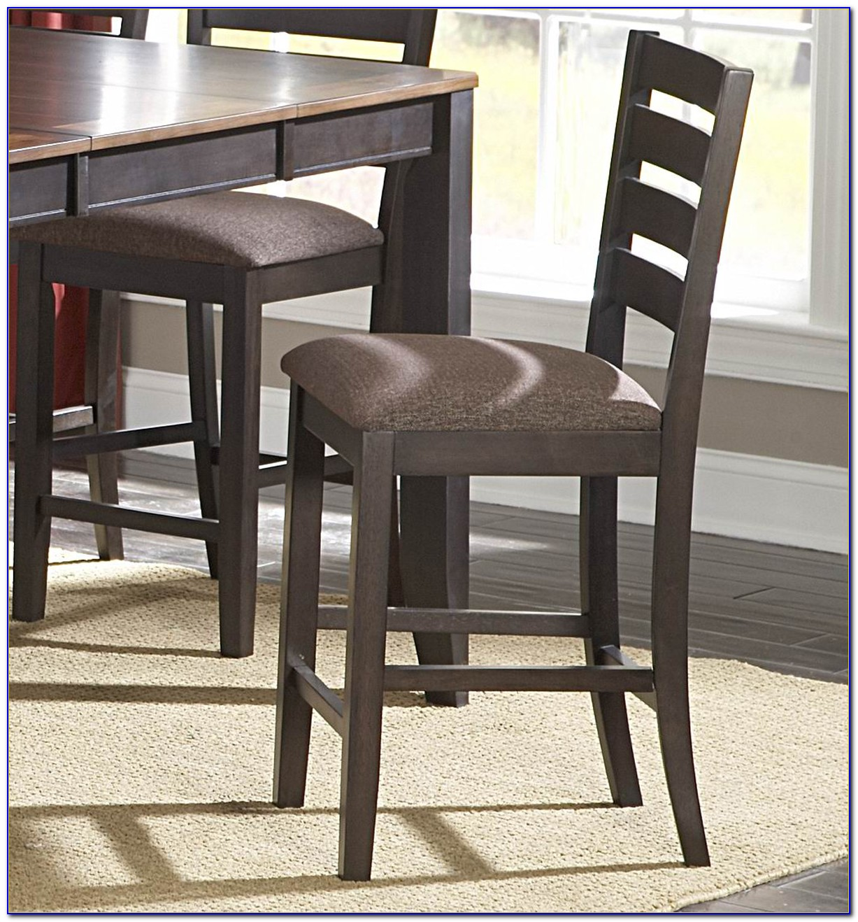 Counter Height Table With Upholstered Chairs