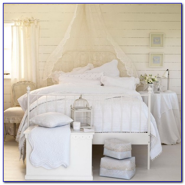 Country Style White Bedroom Furniture