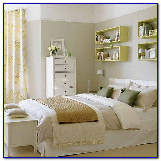 Small Bedroom Wall Shelving Ideas