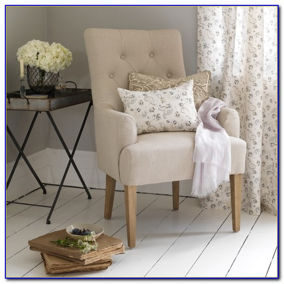 Small Comfy Chairs For Bedrooms
