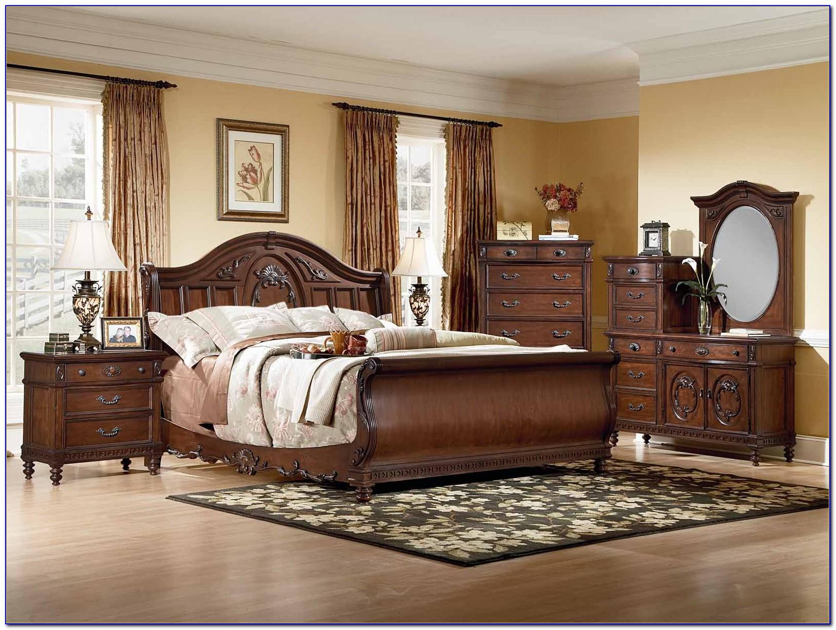 Suzannah Queen Sleigh Bedroom Set