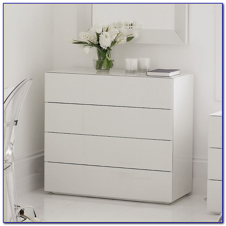 White Chests Of Drawers Bedroom