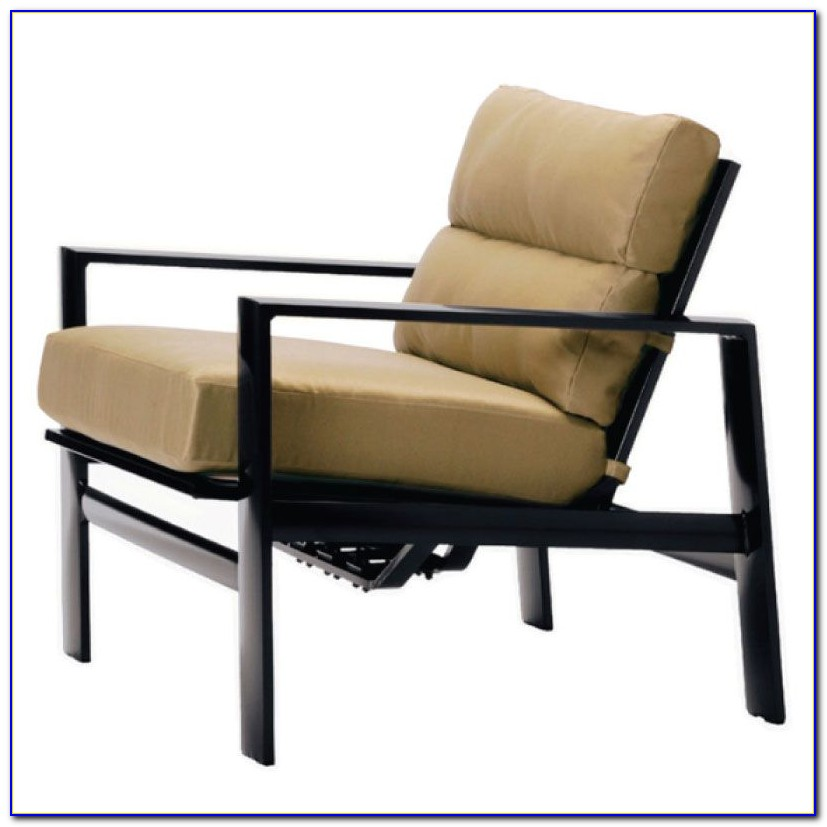 Brown Jordan Venetian Lounge Chair