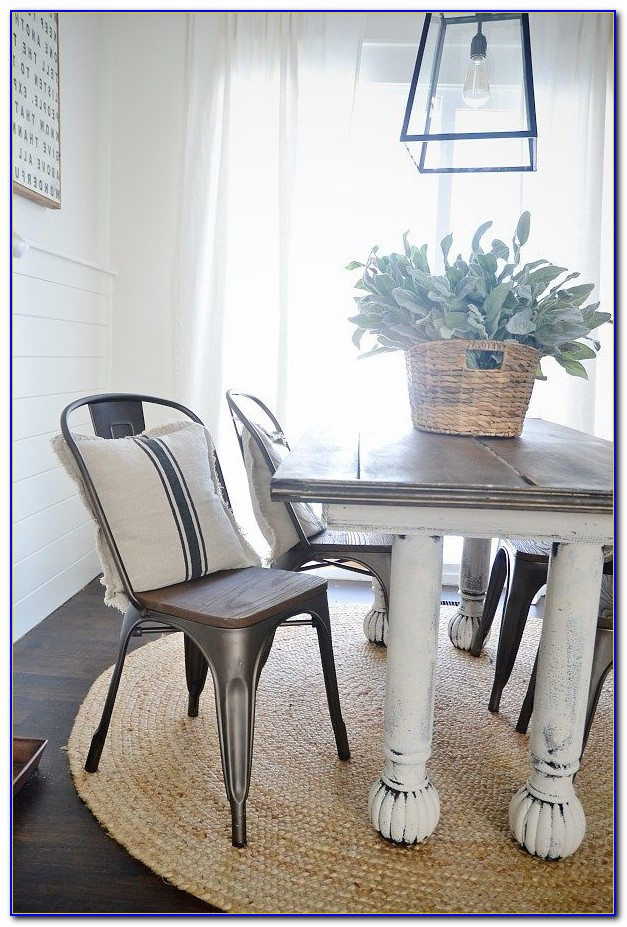 Farmhouse Table With Black Metal Chairs