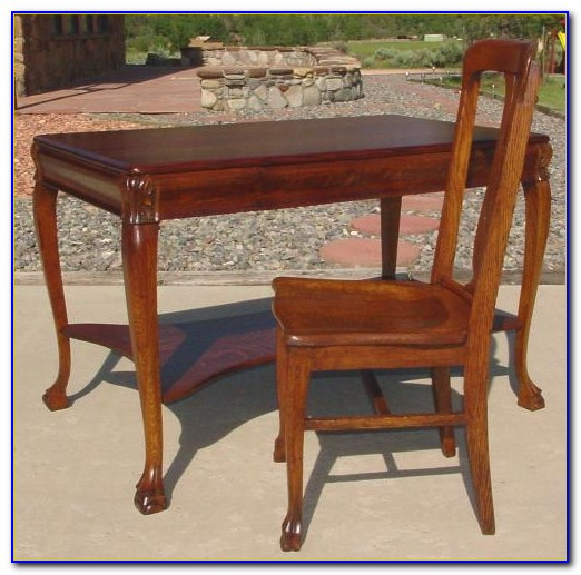 Quarter Sawn Oak Writing Desk
