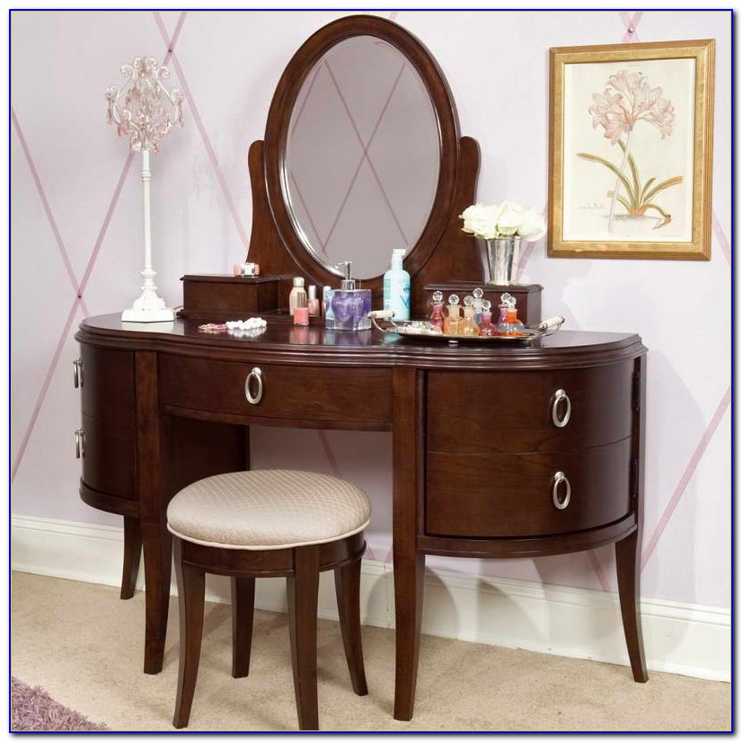 Vanity Table And Chair Without Mirror