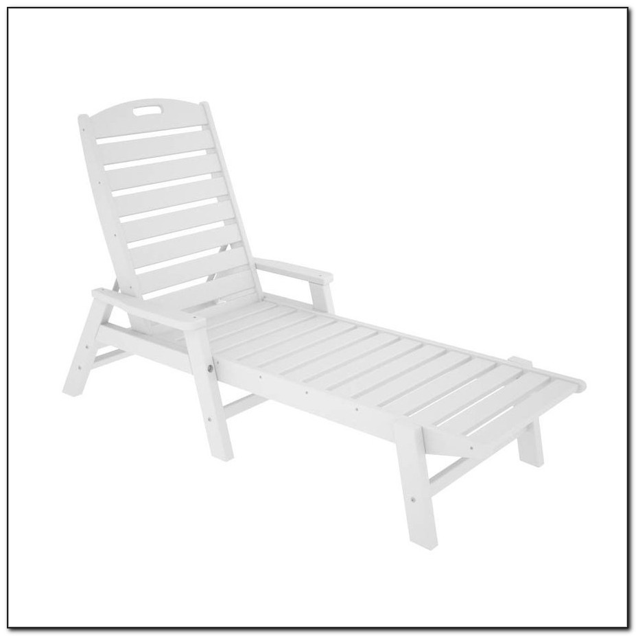 White Plastic Resin Lounge Chairs