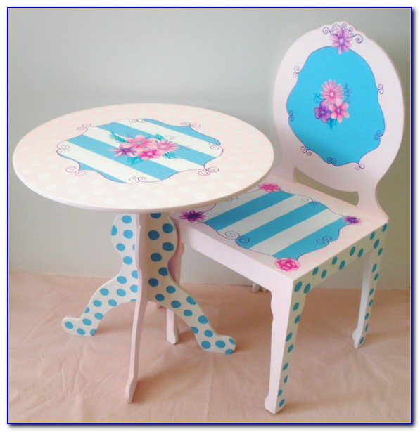 Little Girl Table And Chair Set