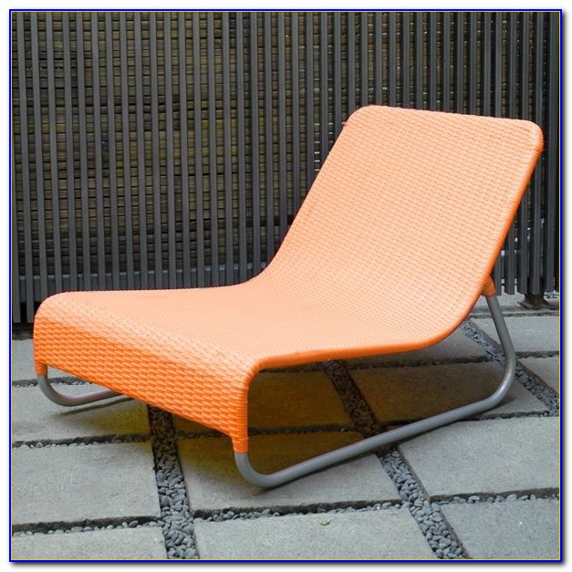 Modern Plastic Outdoor Lounge Chairs