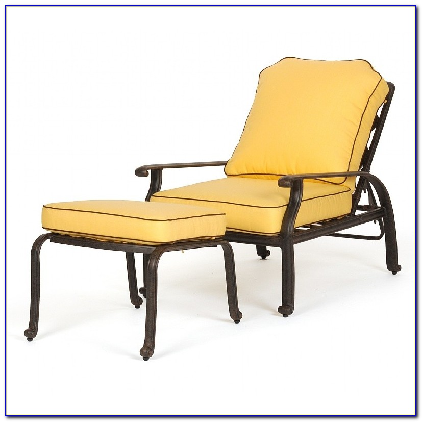 Outdoor Lounge Chair With Ottoman