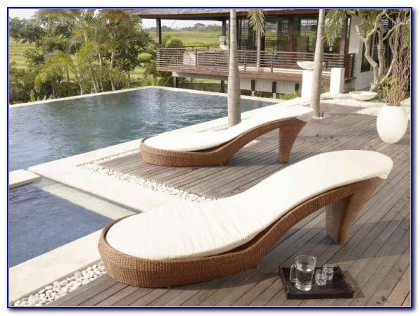 Outdoor Pool Lounge Furniture