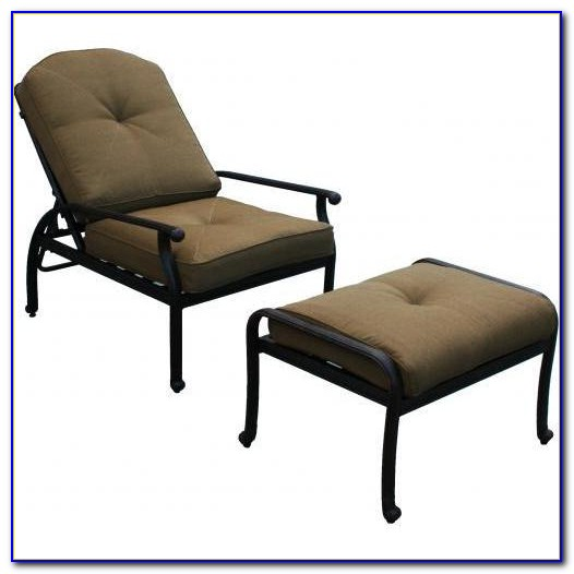 Outdoor Wicker Chair With Ottoman