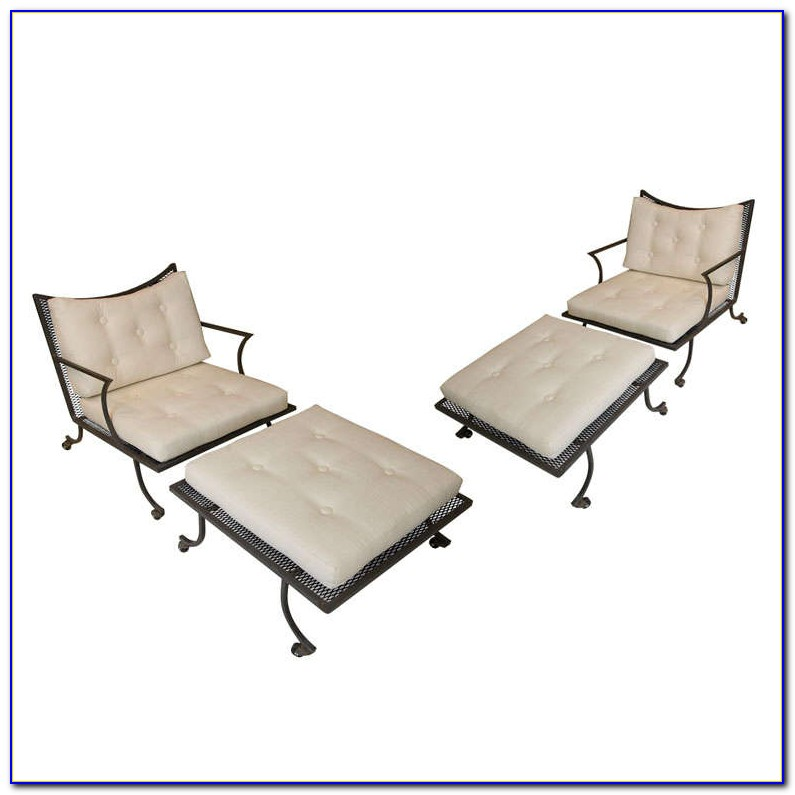 Patio Set With Ottomans