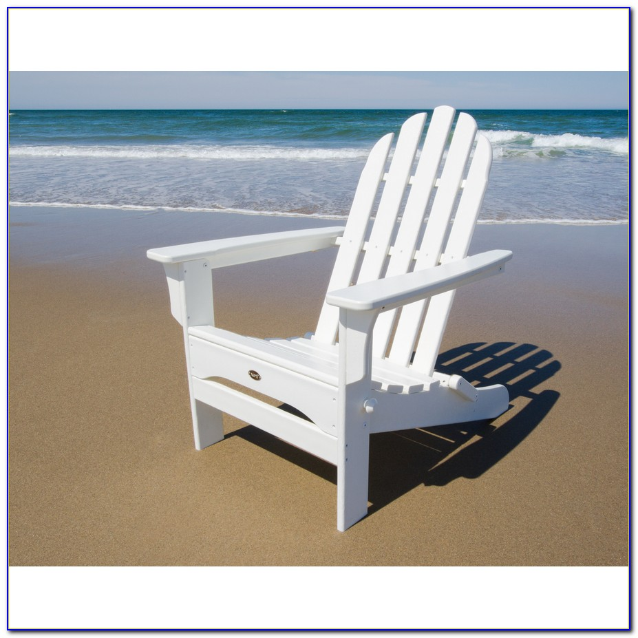 Stackable White Plastic Lawn Chairs