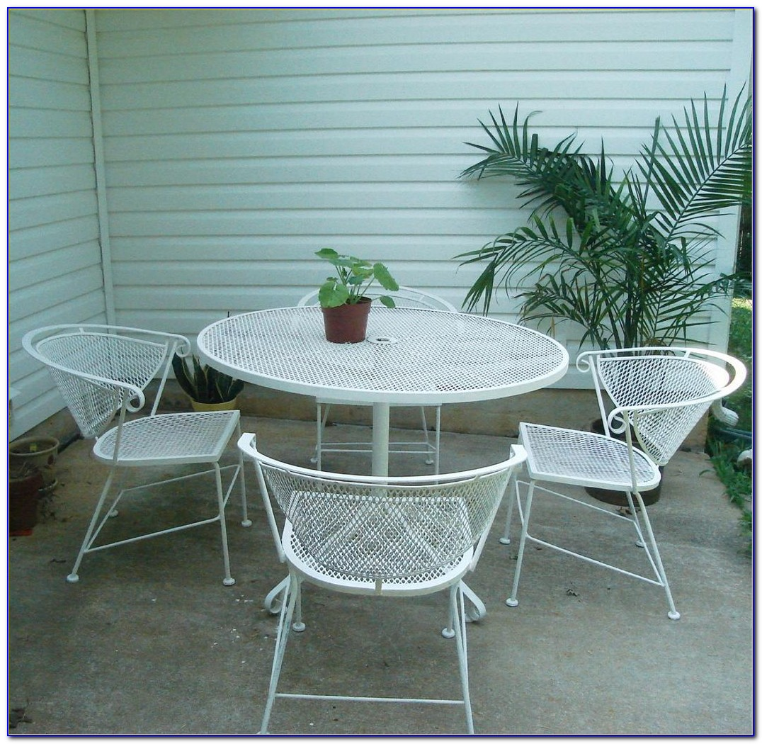 Vintage Metal Patio Table And Chairs