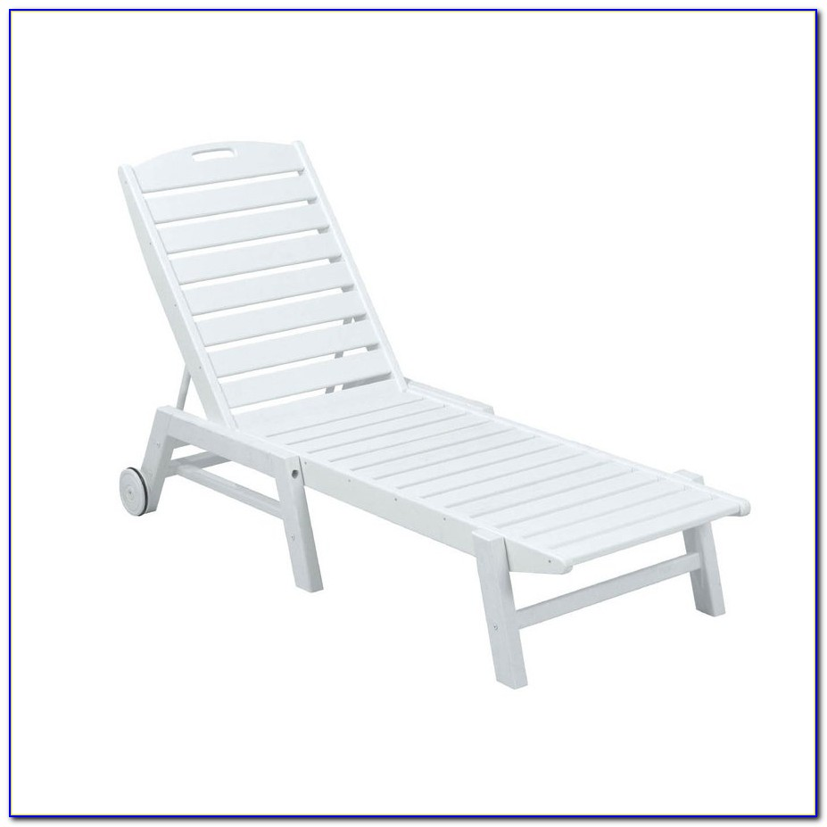 White Plastic Outdoor Patio Chairs