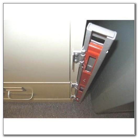 3 Drawer File Cabinet Locking Bar