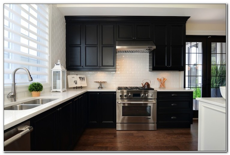 Black White Kitchen Cabinets Pictures