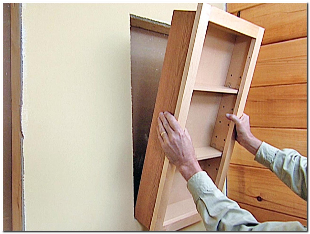 Building A Recessed Cabinet In A Wall