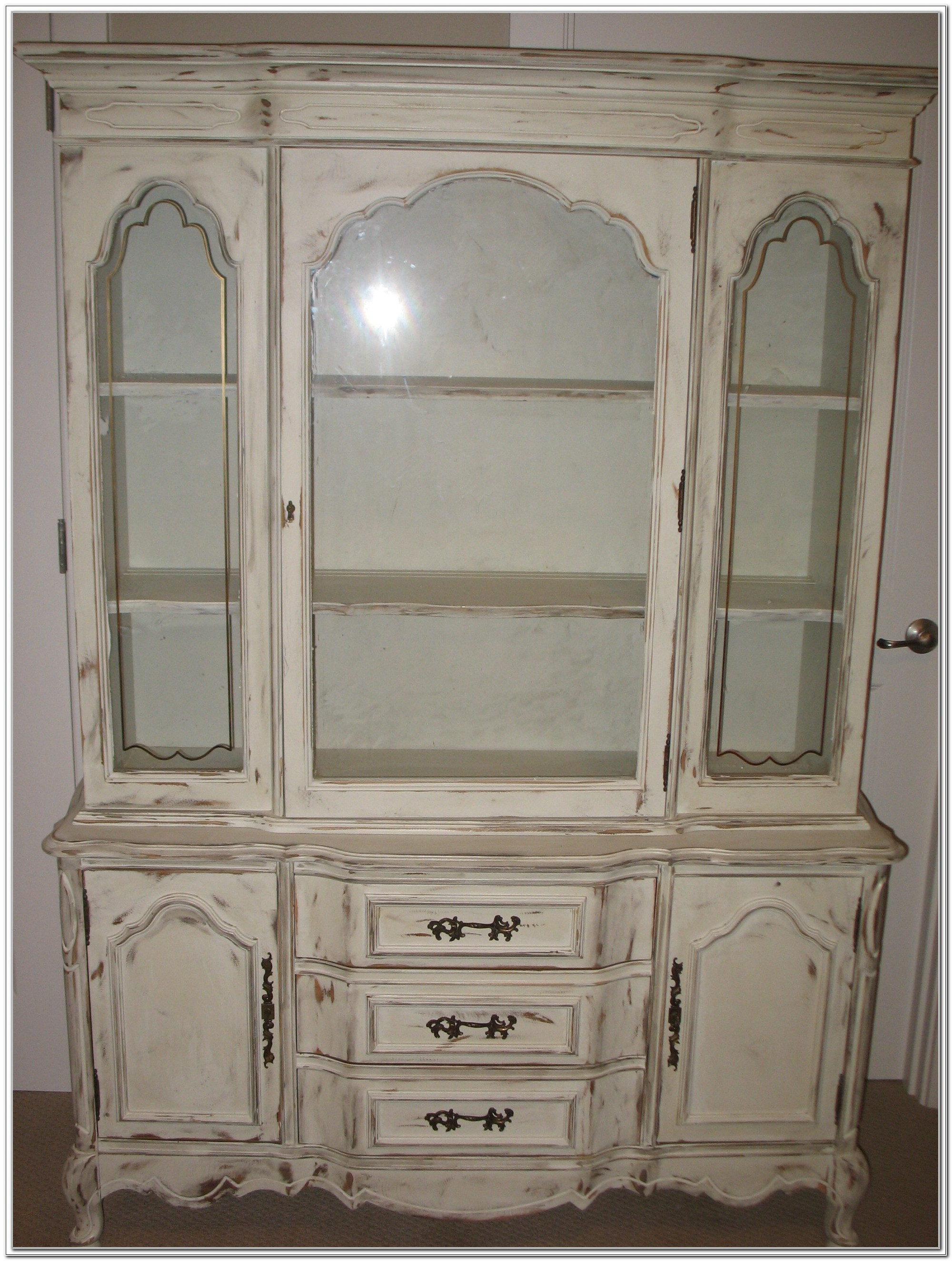 China Cabinet Vs Hutch