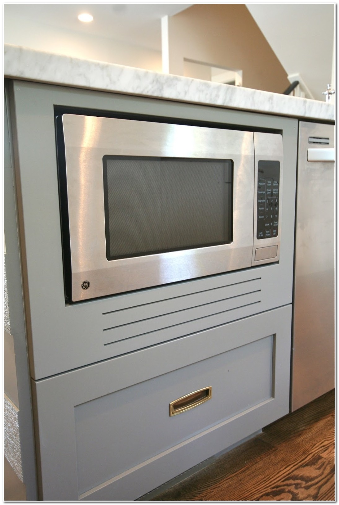 Countertop Microwave In Built In Cabinet
