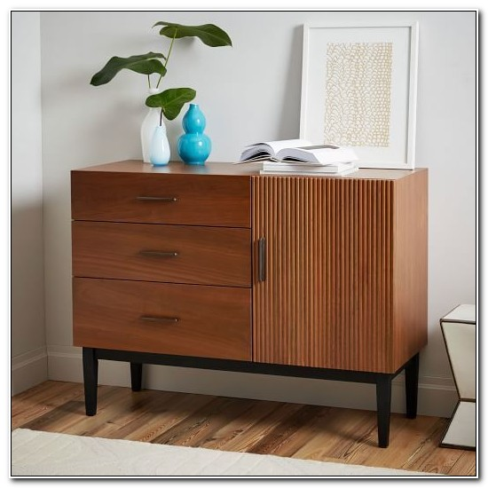 Dresser With Cabinet And Drawers