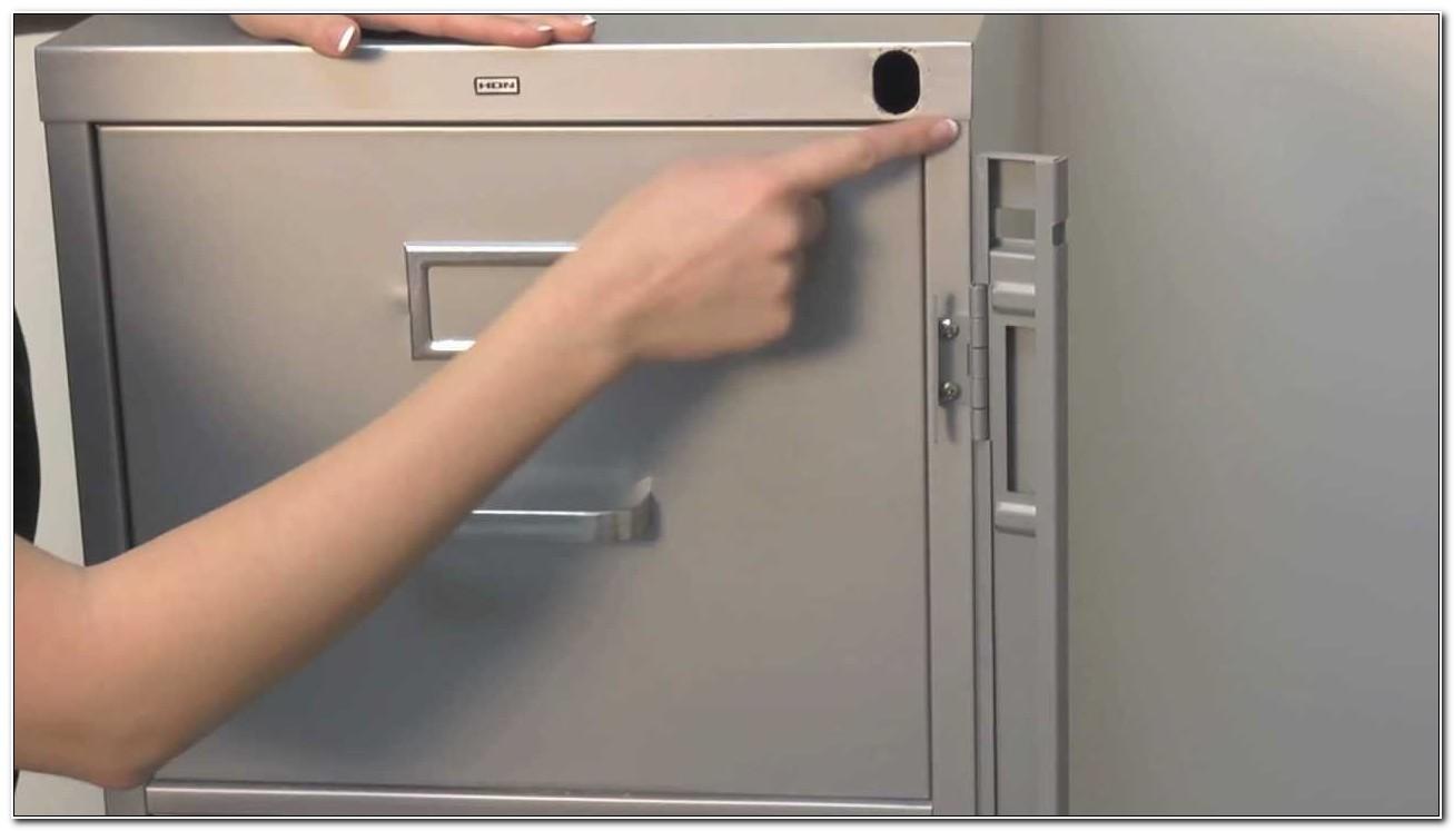 File Cabinet Locking Bar Mechanism