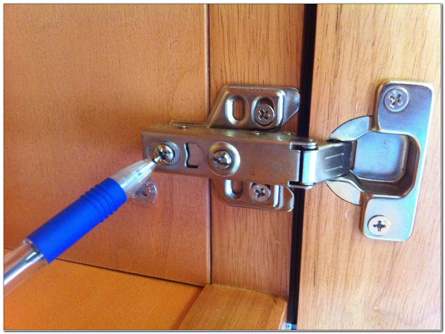 Fix Self Closing Cabinet Hinges