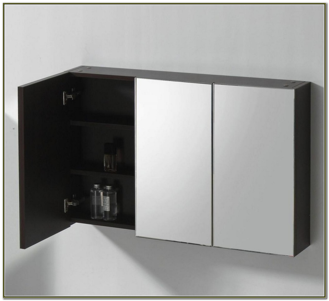 Gedy 3 Door Mirrored Bathroom Cabinet