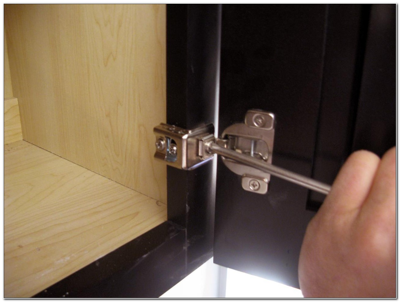Hinges For Bathroom Cabinet Doors