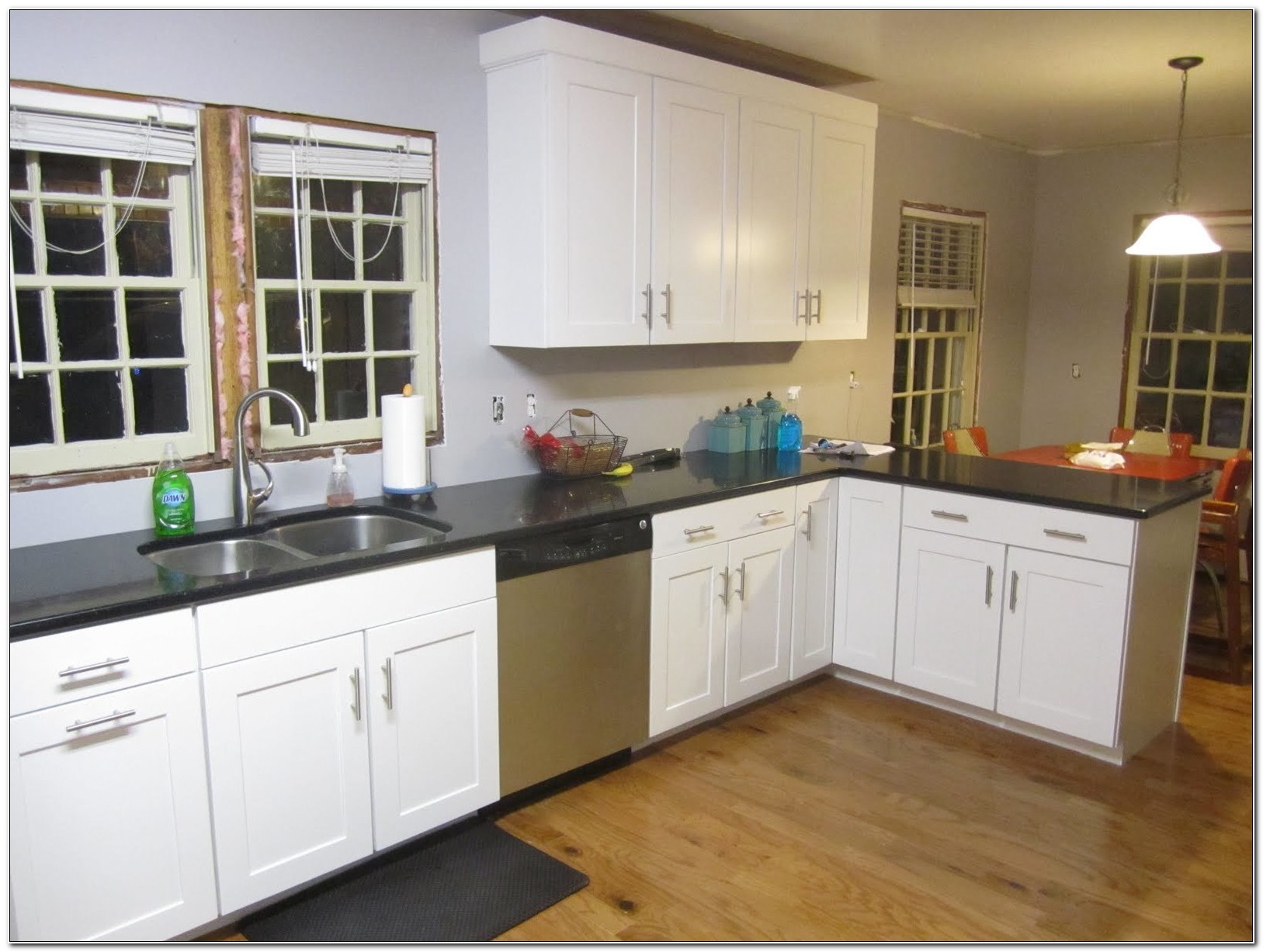 Kitchen Cabinet Countertop Material