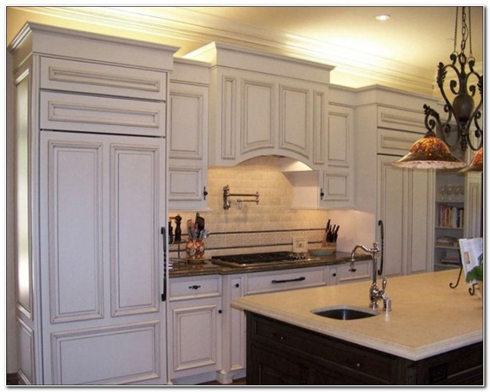 Kitchen Cabinets Crown Molding Ideas