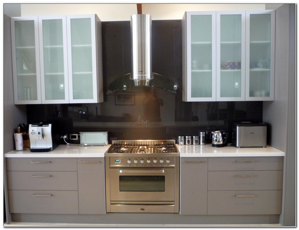 Kitchen Cabinets With Frosted Glass Inserts