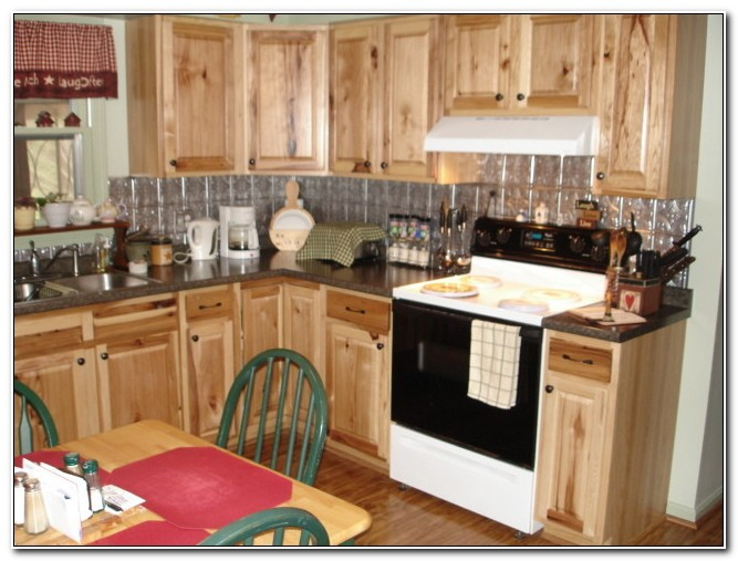 Kitchen Classics Denver Hickory Cabinets