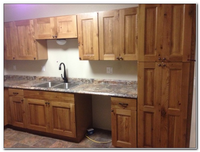 Knotty Oak Kitchen Cabinets