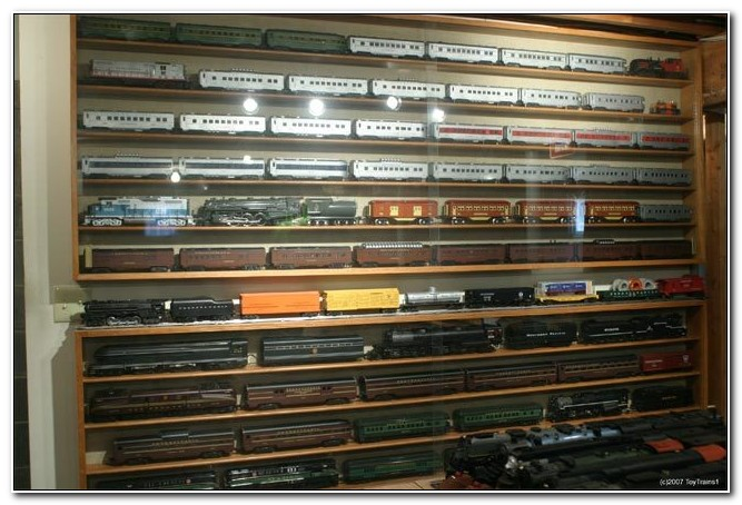 Model Train Display Cabinets