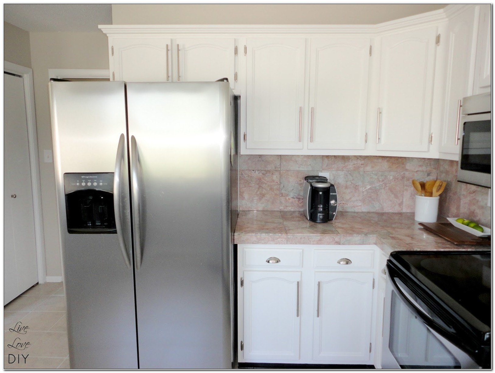 Paint Old Kitchen Cabinets White