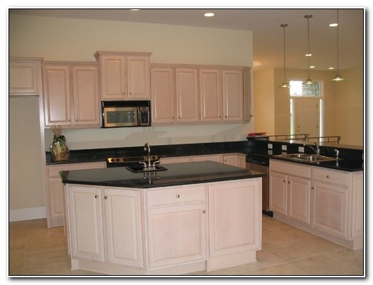 Pickled Oak Kitchen Cabinets Wall Color