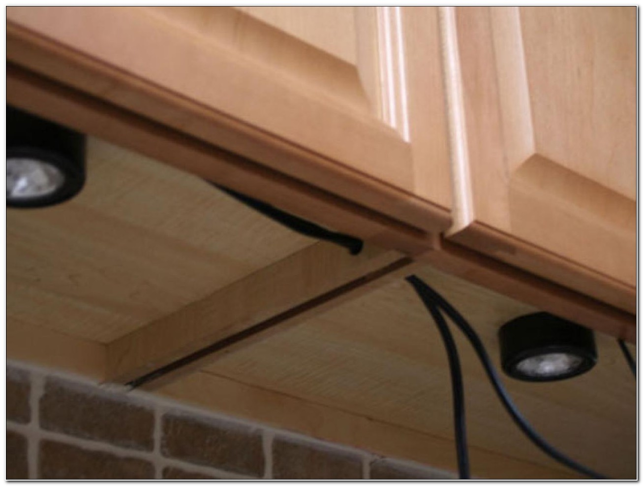 Puck Under Cabinet Lighting Installation