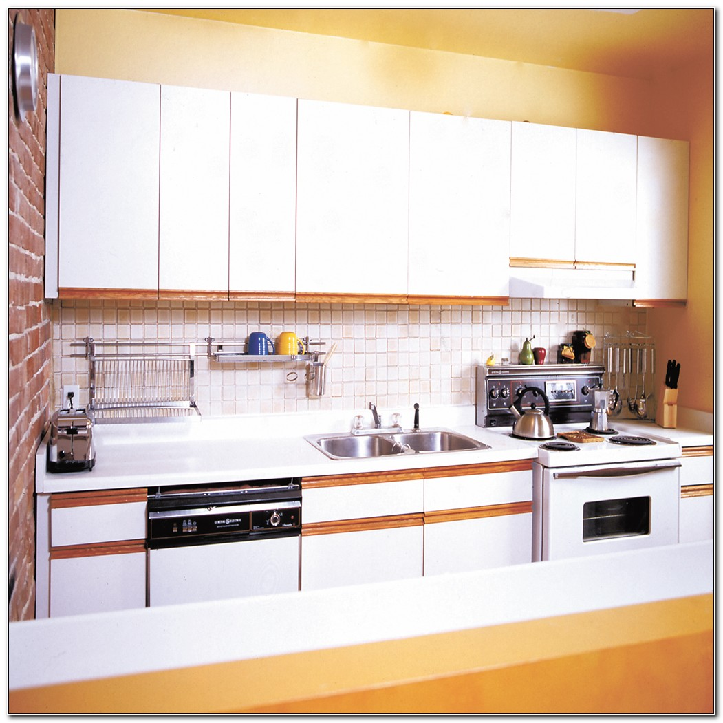 Refacing Plastic Laminate Kitchen Cabinets