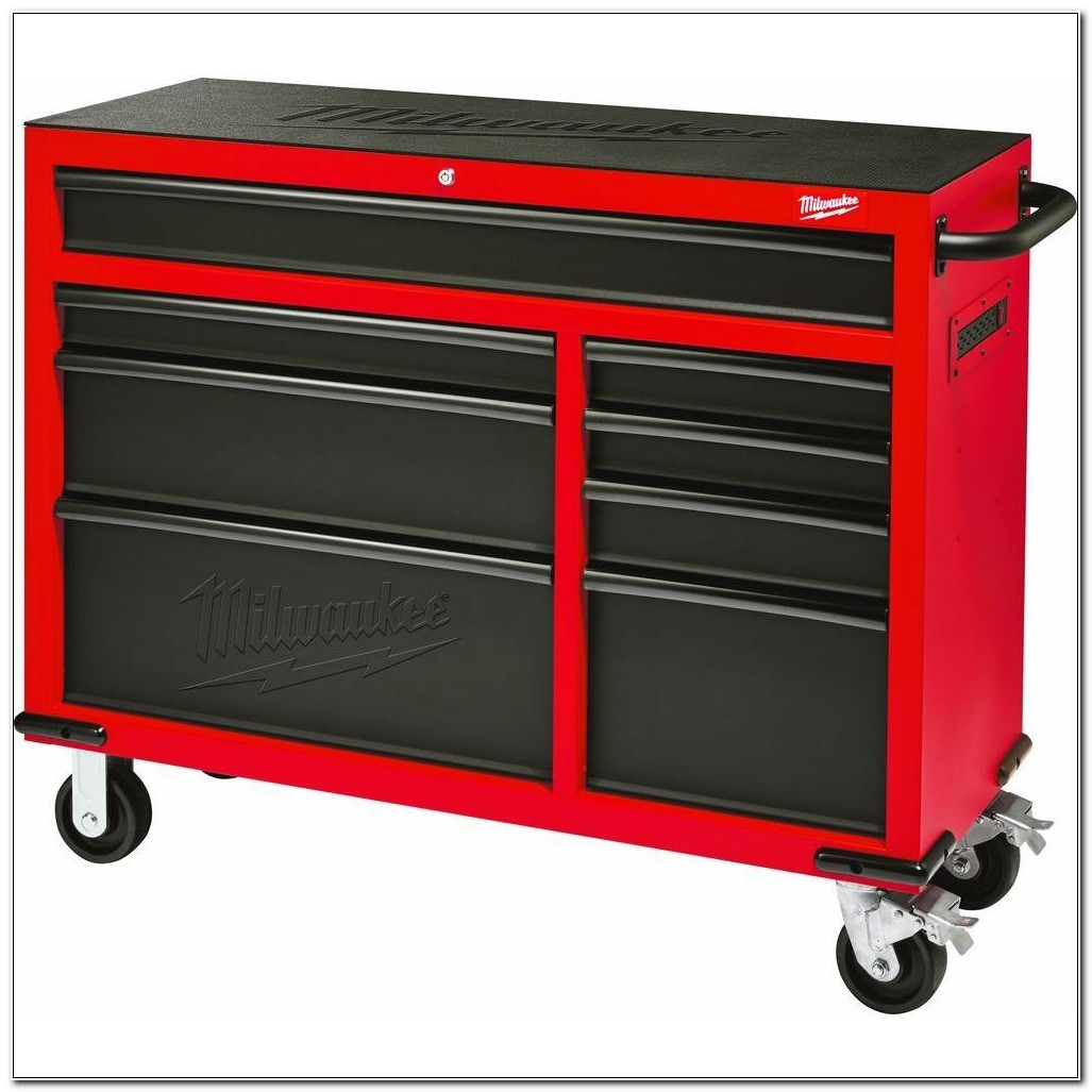 Roll Away Tool Cabinets