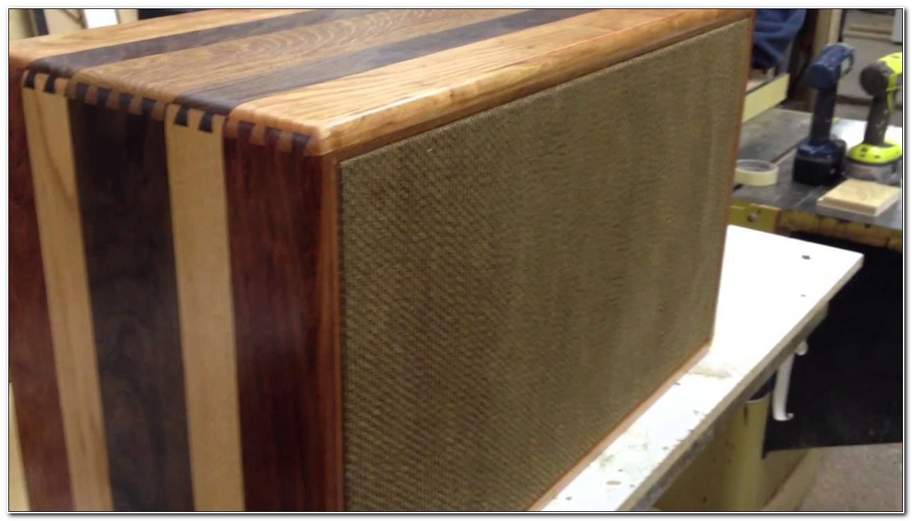 Solid Wood Guitar Speaker Cabinet