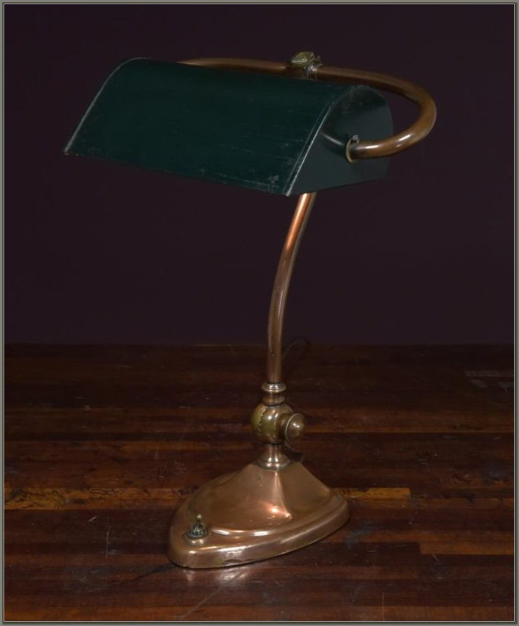 Antique Bankers Desk Lamp For Sale