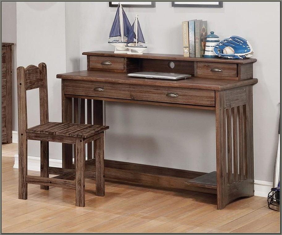Boys Desk With Hutch