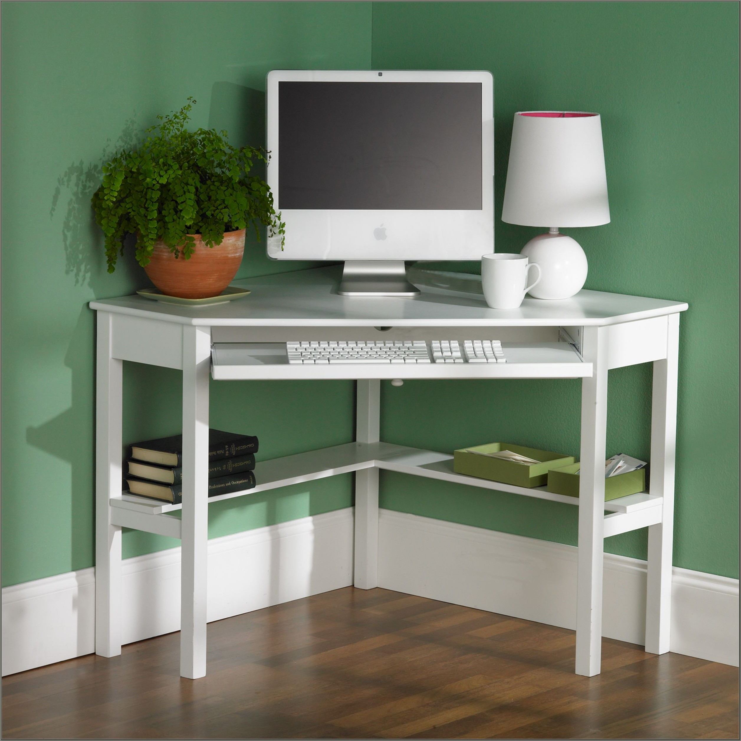 Corner Desks For Small Spaces