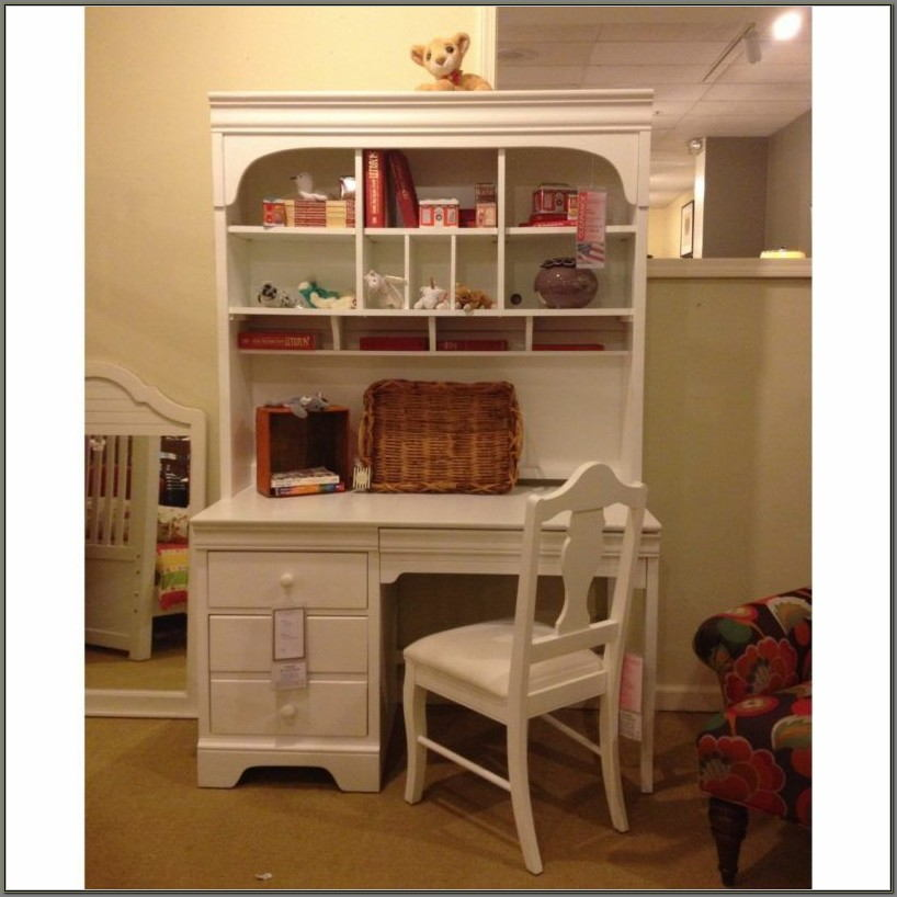 Girls White Desk And Hutch